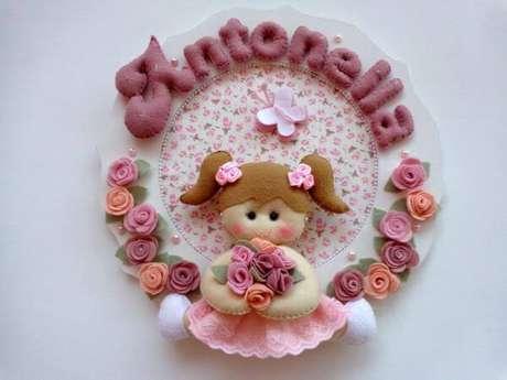 18. A guirlanda de feltro para quarto de bebê – Por: Pinterest