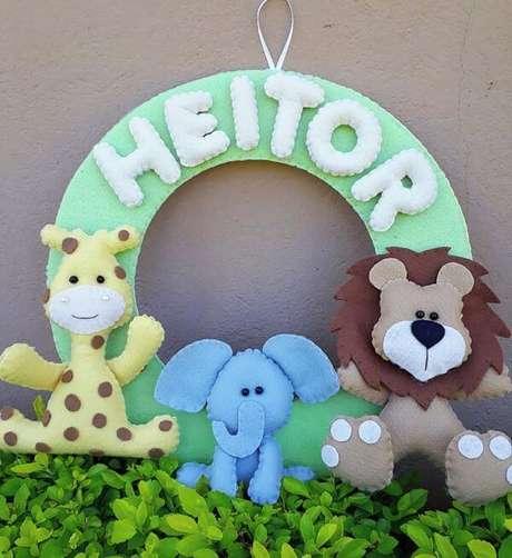 13. Guirlanda de feltro safari para quarto de bebê – Por: Elo7