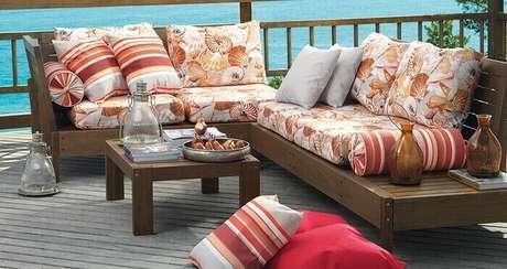 13. Tecido para sofá impermeável para área externa. Fonte: Pinterest