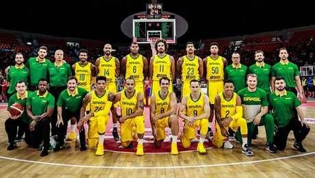 Brasil bate chineses na preparação para o Mundial de Basquete
