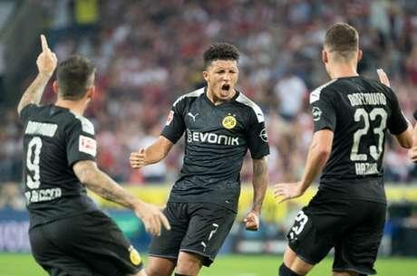 Sancho foi o homem do jogo com um gol e uma assistência (Foto: AFP)