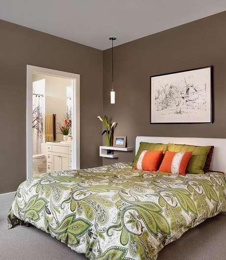 53. A parede cor fendi pode ser associada a diferentes itens coloridos. Foto: Elo7