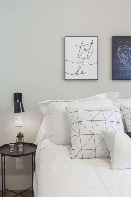 10. Os quadros para decoração do quarto precisam ter a personalidade do dono do quarto – Foto: Red Square Arquitetura