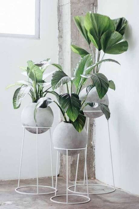 59. Escolha vasos decorativos conforme a decoração do ambiente onde eles vão ficar – Foto: Ideias Decor