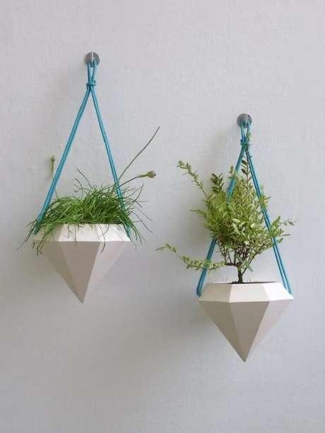 7. Linda inspiração de vasos decorativos para ambientes com decoração contemporânea.