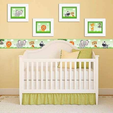5. Invista em quadros para quarto de bebê que sigam o mesmo estilo de decoração do restante do ambiente – Foto: Pinterest