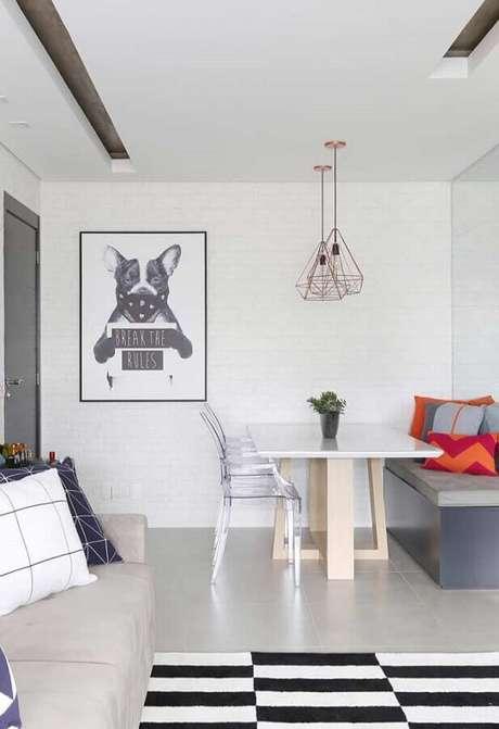 62. Quadros decorativos para sala de jantar integrada com sala de estar – Foto: Pinterest