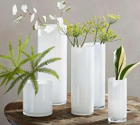 50. Simples modelos de vasos decorativos