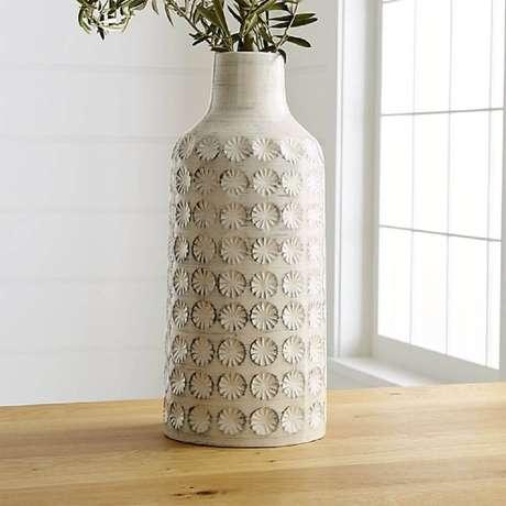 24. O vaso decorativo precisa entrar em harmonia com o restante da decoração