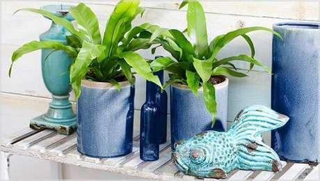 62. Vaso vietnamita azul para plantas lindas na sua casa – Por: Pinterest