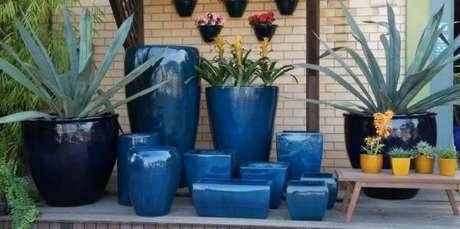 7. O vaso vietnamita azul é lindo em diferentes tons e tamanhos – Por: Pinterest