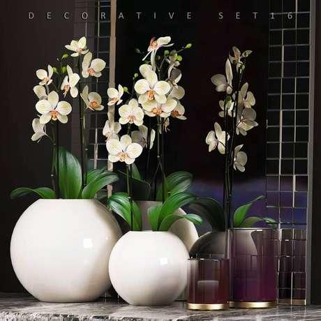 42. Em ambientes pequenos opte por vasos decorativos menores