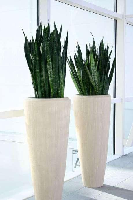 2. Use o vaso vietnamita branco para sua decoração ser ainda mais impecável – Por: Pinterest