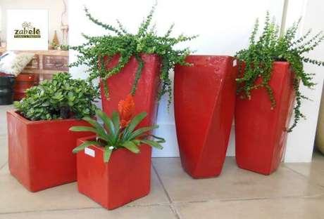 48. Se você preferir, pode usar o vaso vietnamita vermelho na sua decoração – Por: Pinterest