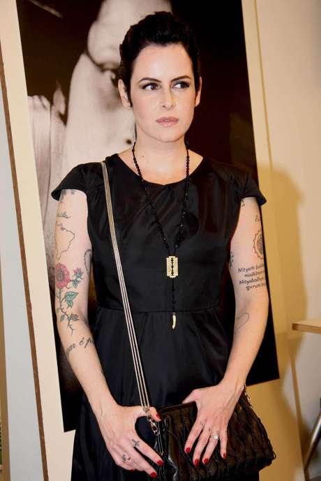 Escritora e roteirista Fernanda Young morre aos 49 anos