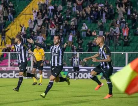Matheus Dias/Figueirense FC