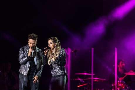 A dupla Sandy e Junior realiza o primeiro show em São Paulo da turnê Nossa História, no Allianz Parque, na zona oeste da capital paulista, neste sábado, 24.