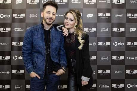 Sandy e Junior antes da apresentação; dupla se apresenta novamente neste domingo, também no Allianz