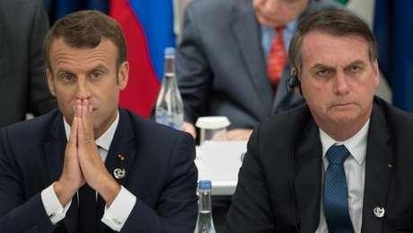 Macron disse que Bolsonaro mentiu ao dizer que atuaria contra o desmatamento, em encontro do G20 em junho, onde sentaram lado a lado