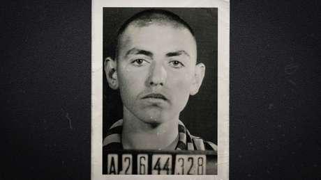 David Herman, aos 17 anos, na chegada ao campo de concentração Buchenwald