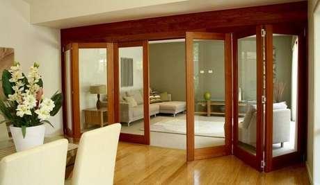 65. A porta camarão traz elegância para dentro de casa. Fonte: Design Ideas & Decor