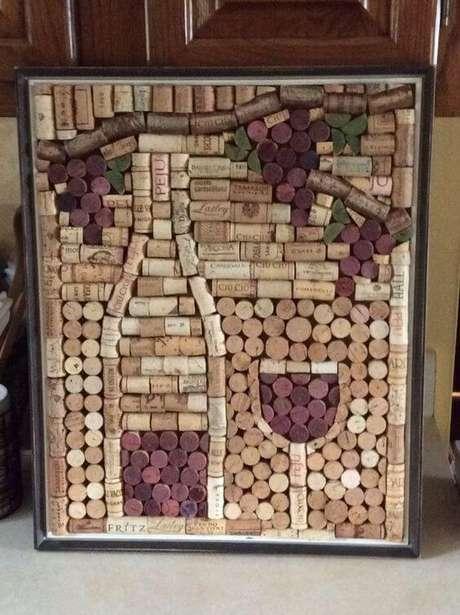 34. Há quem use o tema do vinho para compor itens decorativos com rolhas de cortiça. Foto: Você Repórter