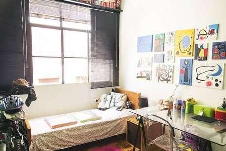 55. Janela para quarto moderno com persianas – Por: Casa Aberta
