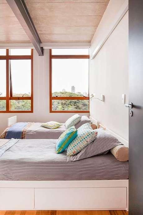 63. Janela para quarto de madeira para quarto compartilhado – Por: Casa De Valentina