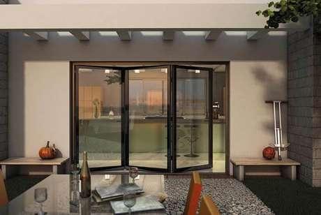 69. Invista em uma cozinha gourmet com este modelo de porta. Fonte: Pinterest