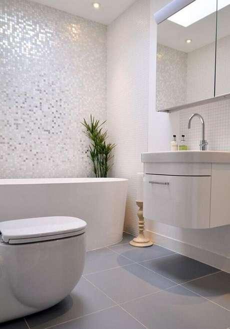 3. A pastilha de vidro pode trazer muitos benefícios para o ambiente decorado – Foto: Kia Designs