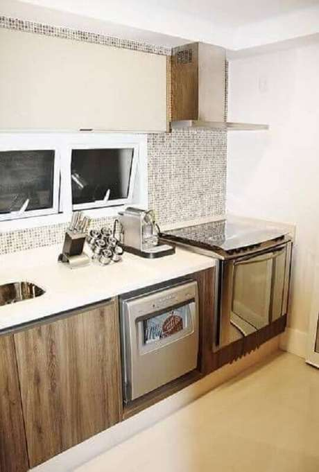 55. Pastilhas de vidro para cozinha com decoração neutra – Foto: Pinterest