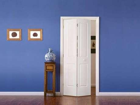 18. Porta camarão de madeira pintada de branco