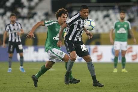 Passado e presente: Camilo e Bochecha disputam bola (Foto: Vítor Silva/Botafogo)