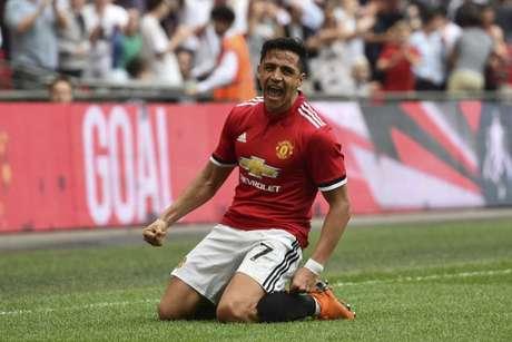 Sanchez em campo pelo United (Foto: AFP)