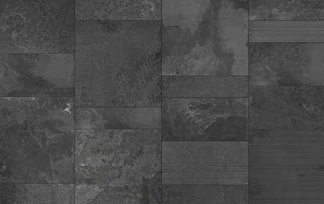 38. Piso de ardósia preto – Por: Mhm Pedras