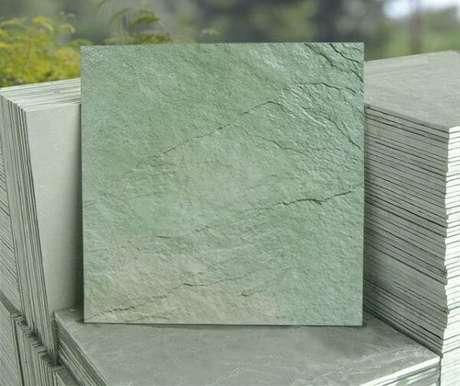 43. Piso ardósia verde – Por: Altivo Pedras