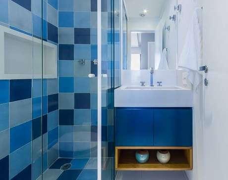 2. Inspire-se nos exemplos de uso de azulejo para banheiroque selecionamos! Projeto de Duda Senna