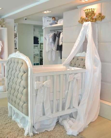 1. O dossel é um acessório muito característico de um berço provençal. Fonte: Quarto Para Bebê