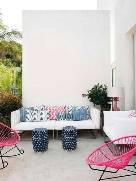 9. Saiba como limpar sofá de couro branco – Foto: Boho Deco Chic