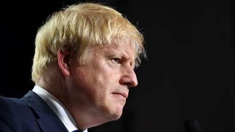 Johnson diz que a medida visa a limpar agenda legislativa e não ter que esperar o Brexit para fazer o país 'avançar'