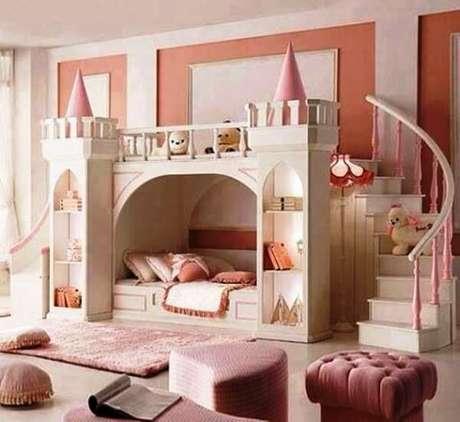 6. A cama casinha também pode ter formatos de castelo para agradar as crianças que amam contos de fadas – Por: Mil Dicas de Mãe
