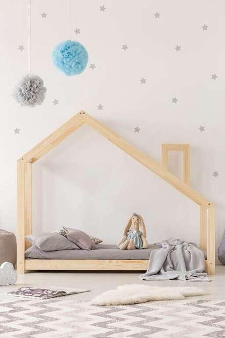 31. Cama com casinha para quarto infantil simples – Por: Nitta Kids