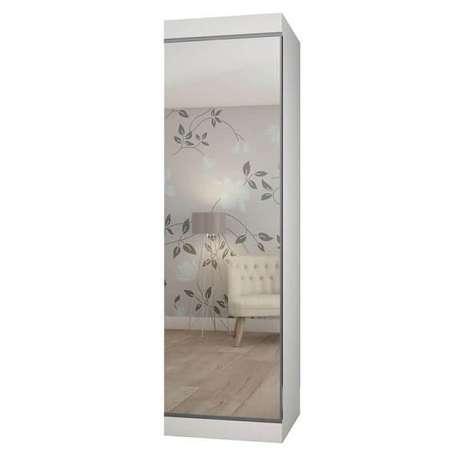 39. Sapateira com espelho feita com acabamento branco, acomoda 40 pares em seu interior. Fonte: Pinterest
