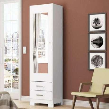 14. Sapateira com espelho uma porta e duas gavetas com acabamento branco fosco. Fonte: Magazine Luiza