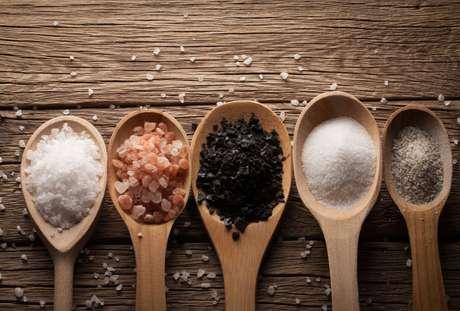 Saiba mais sobre 6 tipos de sal e como utilizá-los nas carnes para churrasco