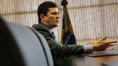 Lula diz esperar que Moro (foto) um dia peça desculpas pela condução de seu processo, mesmo se petista 'já tiver morrido'