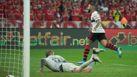 Veja imagens de Internacional 1 x 1 Flamengo
