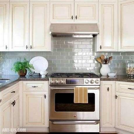 14. Use o azulejo para cozinha hidráulico na decoração.