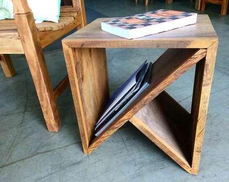 22. O revisteiro pode também ser outros móveis. Foto: Móveis Sul Real