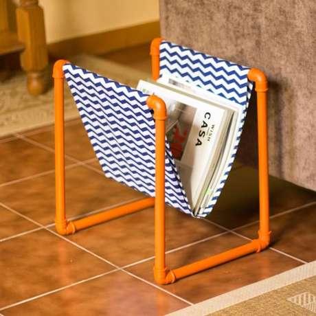 17. Não é difícil você mesmo montar um revisteiro. Foto: DIYcore